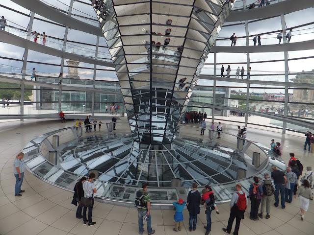 Bundestag, Reichstag, Berlin, Allemagne, Mitte,  elisaorigami, travel, blogger, voyages, lifestyle