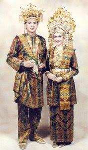 pakaian adat melayu Siak Riau pakaian tradisional melayu Siak Riau Pakaian Adat Tradisional Indonesia
