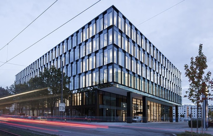 New office for icade company munich germany unusual for Interior design munich