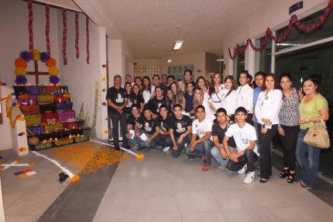 Altar de muertos a Rodrigo Facundo en Campus Sabinas