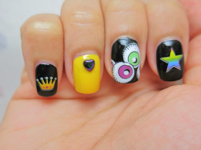 Eyeballs Water Decal Nail Art BLE2054