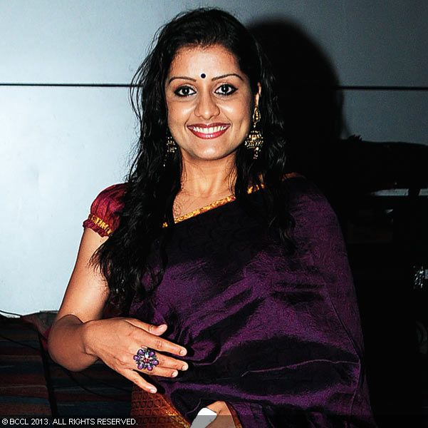 Sarayu during Vinu Mohan, Vidya's wedding reception held in Kerala.