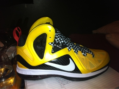 I Recently Experimented With The Lebron 9 Taxi Cabs And Lace Combination That We Came Up Is As Follows Best Version 54 In Ones From Nike