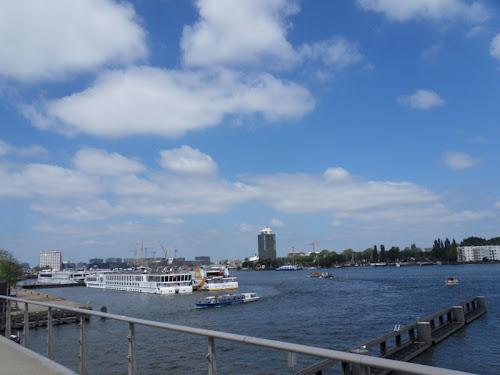Amsterdam da lontano
