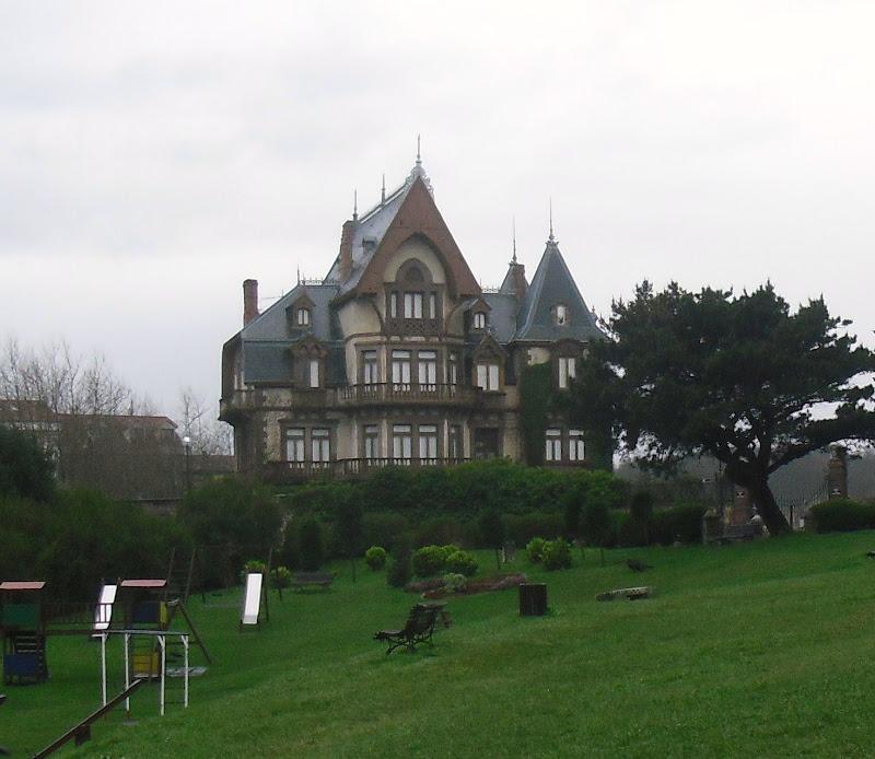 Palacio El Duque en Comillas