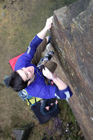 Picasa image: Masters Edge E7 6C - slapping the top Ph nicksmith@climbers.net