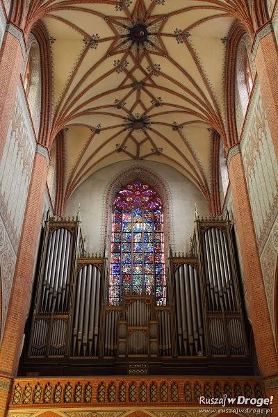 Katedra Pelplin - sklepienia nad organami