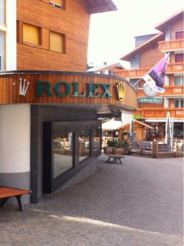 Rolex-luxury