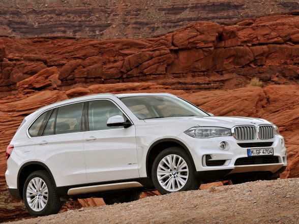 2014 BMW X5 - xDrive30d - Front Side