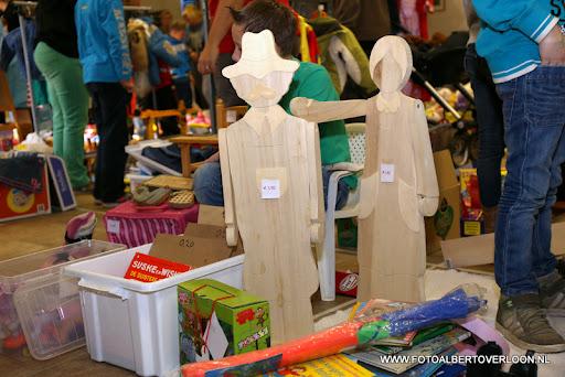 Kindermarkt & Schoenmaatjes Overloon 10-11-2013 (14).JPG