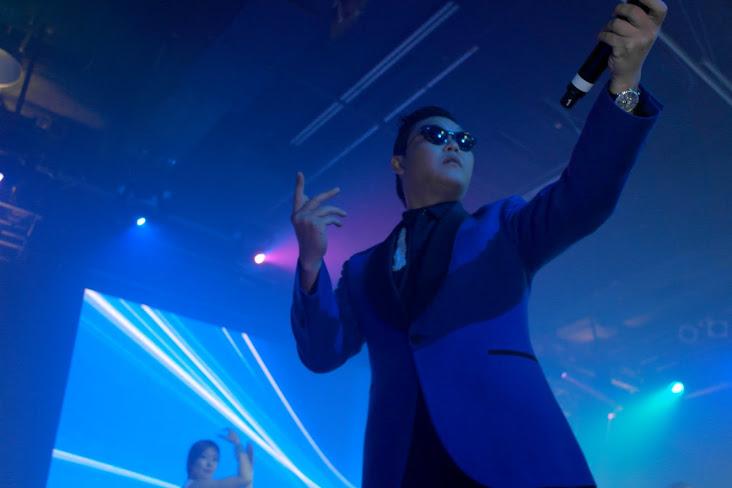 Toronto Gets Gangnam Style'd by Psy Oppa