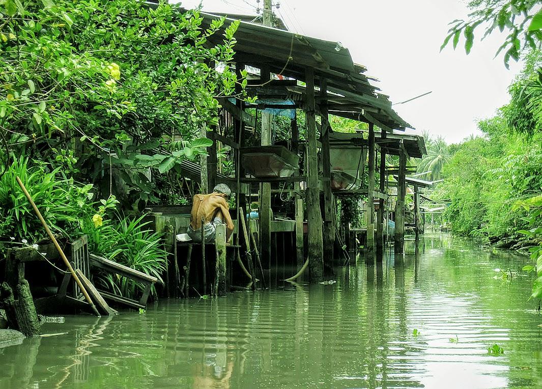 THAILAND%2B2011%2B040_edited-1.jpg