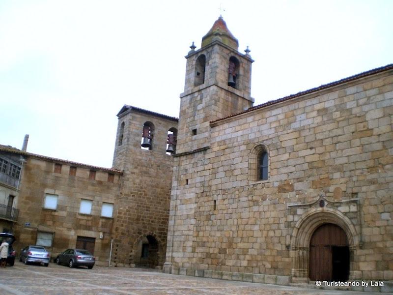 Plaza España de San Felices de los Gallegos