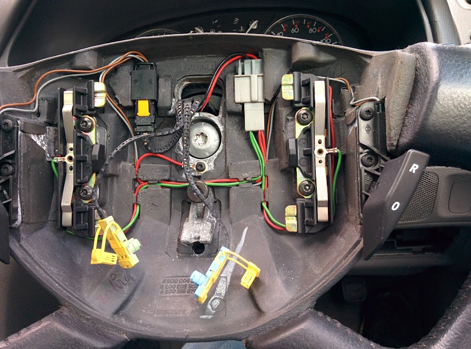 radio wire harness connectors laguna ii esp fault df075 steering angle sensor renault  laguna ii esp fault df075 steering angle sensor renault