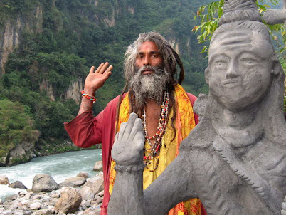 Трек в Гималаях