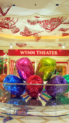 More Jeff Koons art inside the Wynn, this time right by the Wynn Theater, it's the $33.6 million dollar sculpture Tulips which is a bouquet of twisted balloon flowers