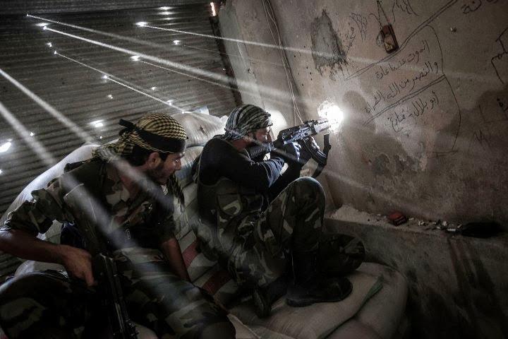 SILENT DEAD. LA GRANJA. PARTIDA ABIERTA. 11-10-15. Gal-syria-civil-war-1109-08