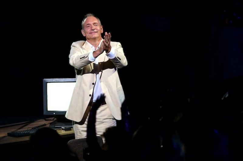Tim Berners-Lee tribute at Olympic Opening Ceremony