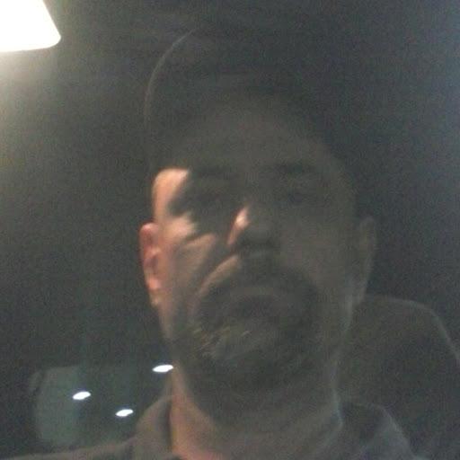 Ralph Mendoza Photo 23