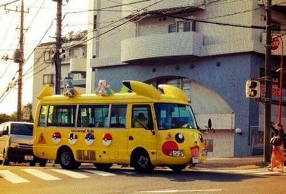 Autobús con forma de Pikachu