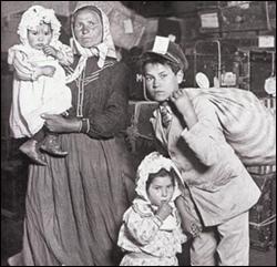 emigranti-italiani-a-ellis-island1