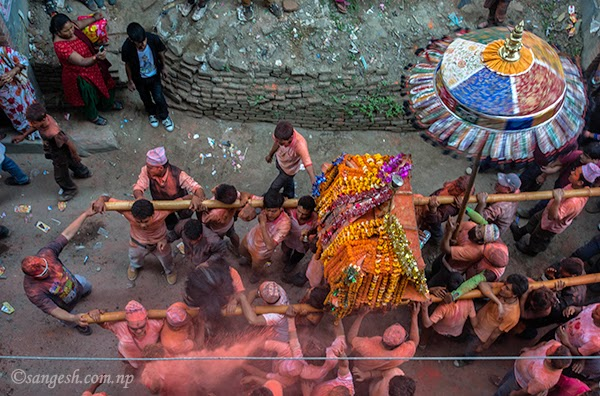 Celebration continues at Thimi on second day of Bisket Jatra