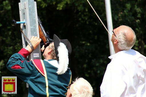 Koningschieten Sint Theobaldusgilde overloon 01-07-2012 (82).JPG