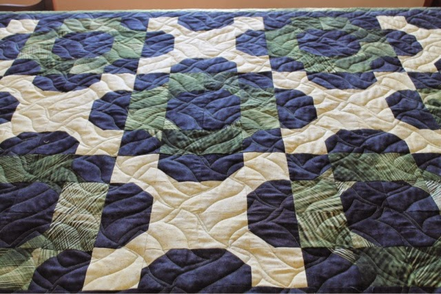 Addicted to Fabric: Classic Weave - Perfect for a Masculine Quilt : masculine quilt - Adamdwight.com