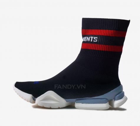 VETEMENTS X REEBOK SOCKS