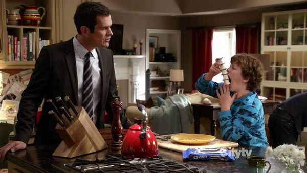 TV product placement Modern Family