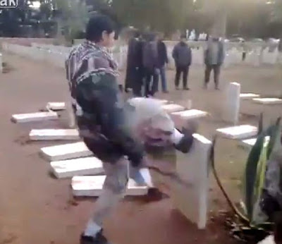 Libya: Muslim marauders desecrate Christian and Jewish graves
