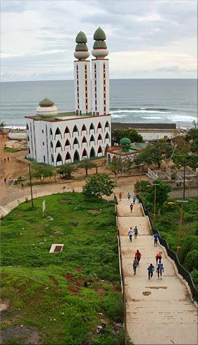 Mezquita de la Divinidad - Dakar