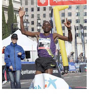 Keniata Levi Omari Matebo que empleó 2 horas 07 minutos 31segundos