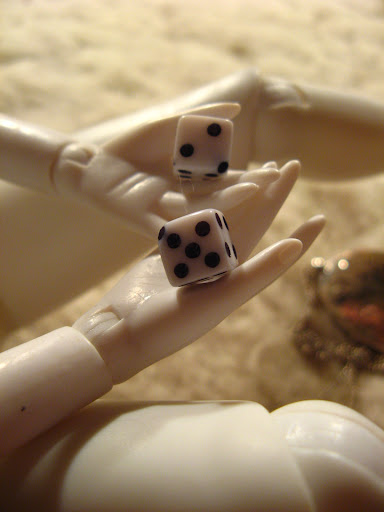 Lelļu rokas/линии жизни на кукольных руках IMG_1425