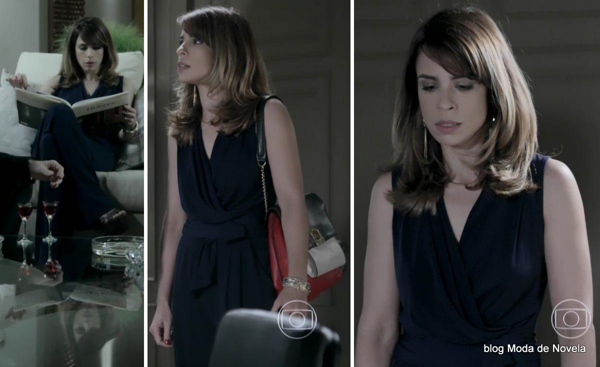 moda da novela Império - look da Danielle com macacão azul dia 19 de agosto