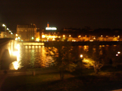 Lyon by night!.JPG