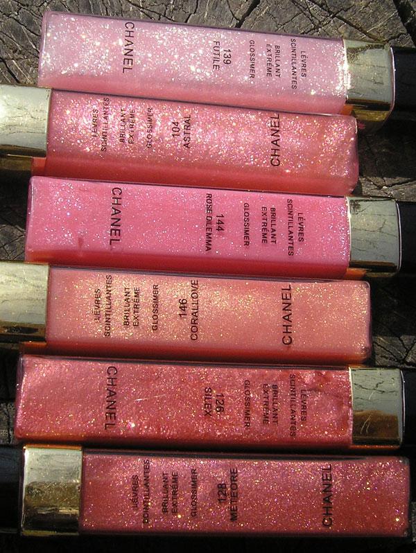 Chanel Levres Scintillantes Brillant Extreme Glossimer - свотч оттенков в упаковке