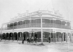 Glenelg Hotel, Casterton, Victorian Filigree style