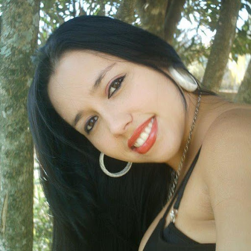 Lisa Vieira Photo 18