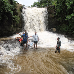 Vihigaon Waterfall's profile photo