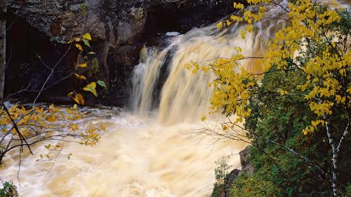 5th Falls, Gooseberry Falls State Park, Minnesota.jpg