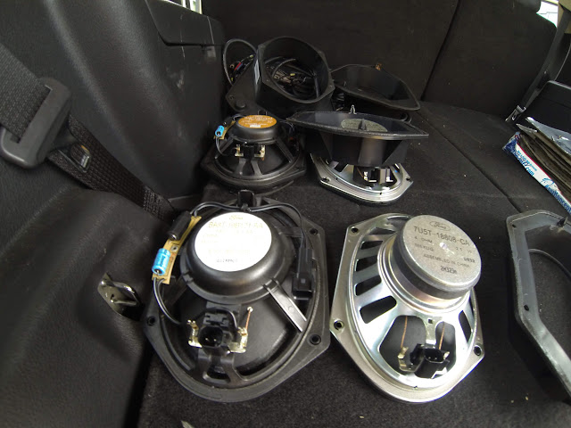 2013 Ford Flex sound upgrade - Car Audio   DiyMobileAudio ...