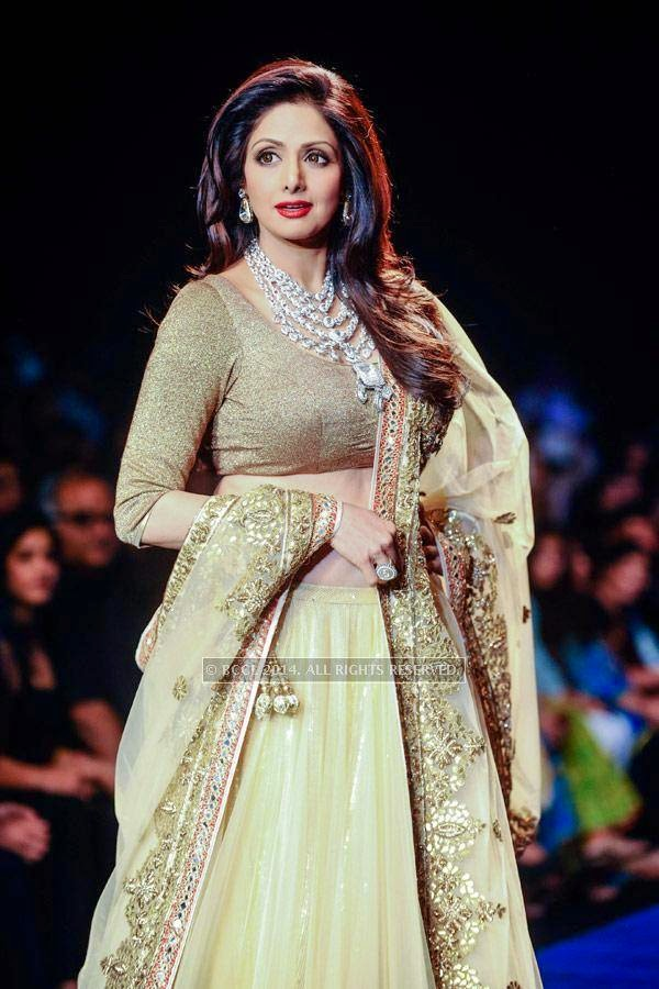 Sridevi walks the ramp for Golecha Jewels on Day 3 of India International Jewellery Week (IIJW), 2014, held at Grand Hyatt, in Mumbai.