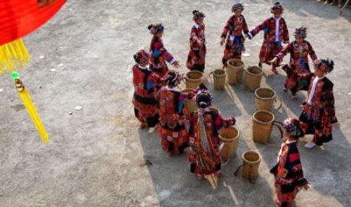 caumua4 www.cungphuot.info 001 Độc đáo lễ hội cầu mưa của người Lô Lô