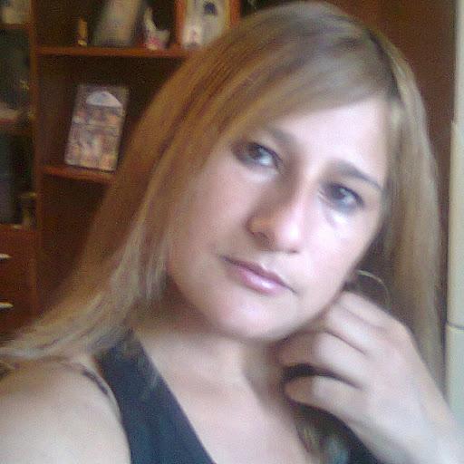 Rita Quiroz Photo 15