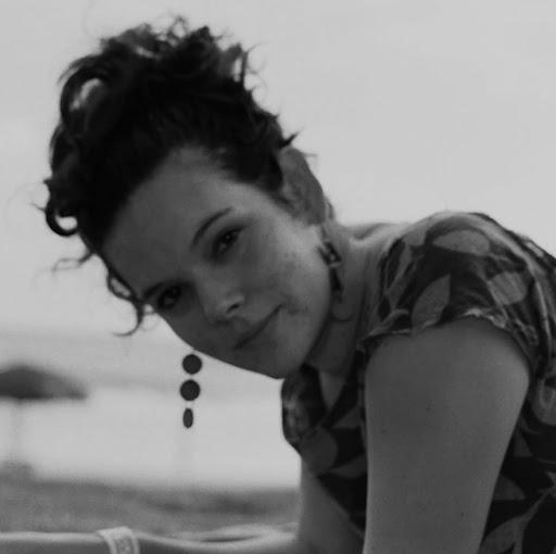 Silvia Campos