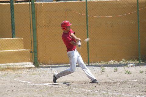 César Leza de Tiburones en la Liga de Beisbol de Salinas Victoria