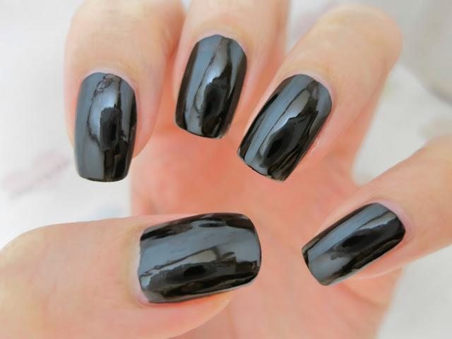 maybelline salon expert black is black
