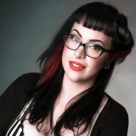 Emily Stinson Photo 15