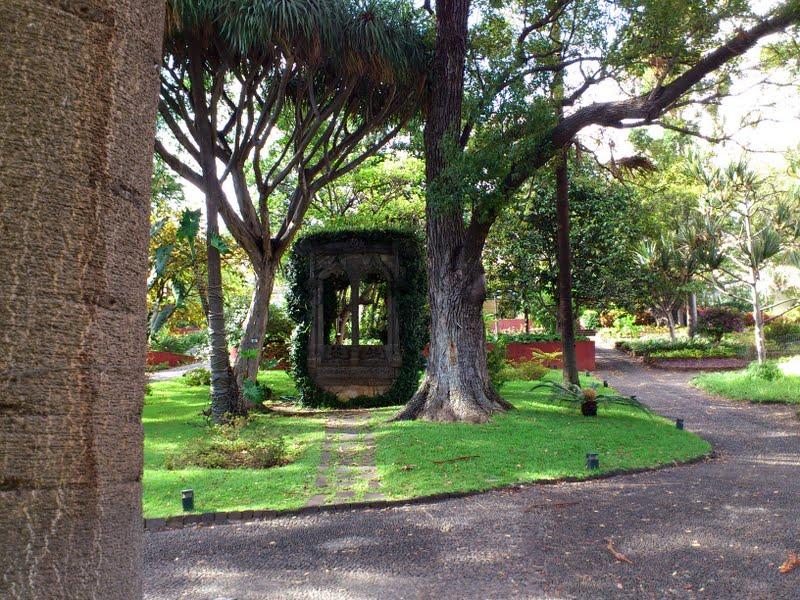 Quinta das Cruzes museum gardens